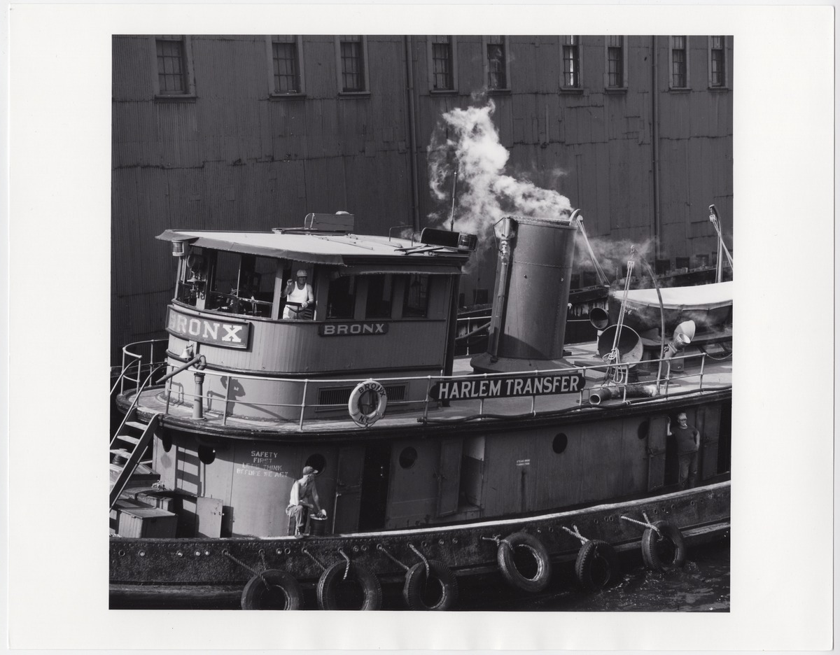 Tugboat on harlem river-1960-yaledotedu