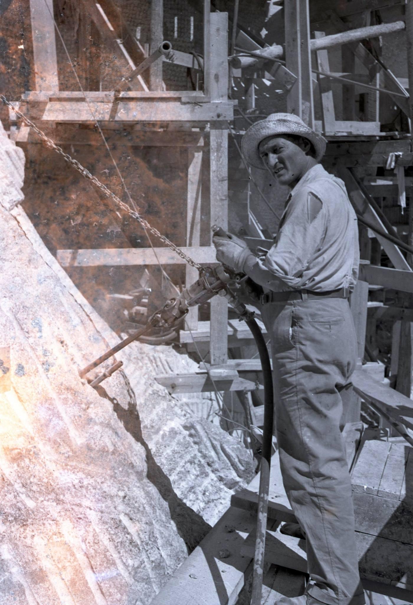 Artist Luigi Del Bianco